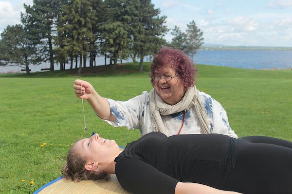 Reiki hands on healing pendulum
