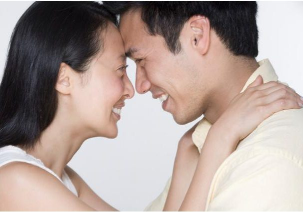 Couple+eyegazing+1.jpg