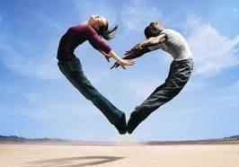 Heart+made+of+a+couple.jpg