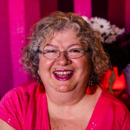 Tana Saler portrait 450
